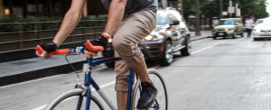 City riding is easy in a pair of Analyzer Rozik pants.