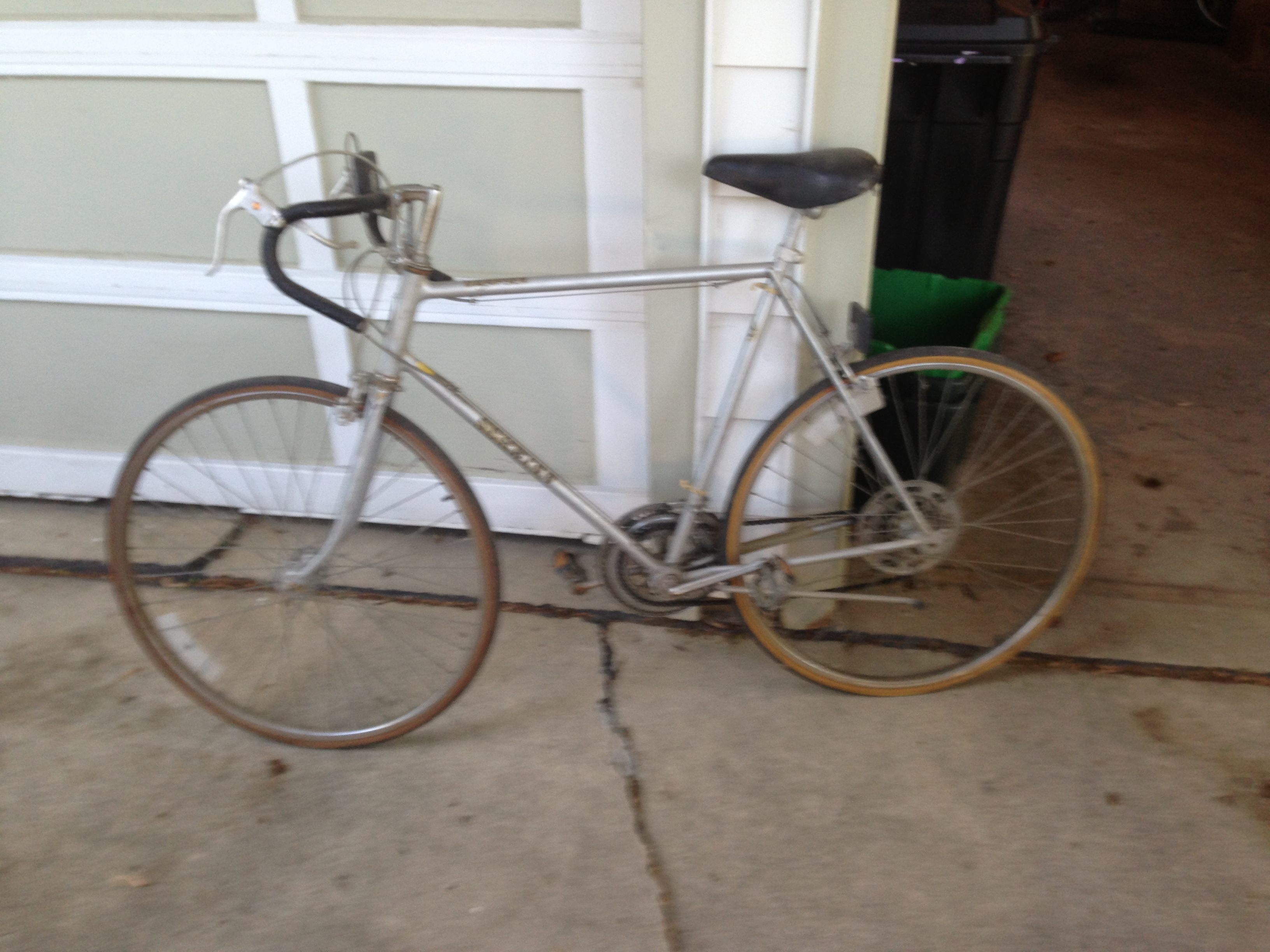 The Journey of a Schwinn Varsity Bicycle | We Run and Ride