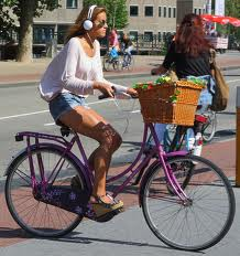 cyclistwithheadphones
