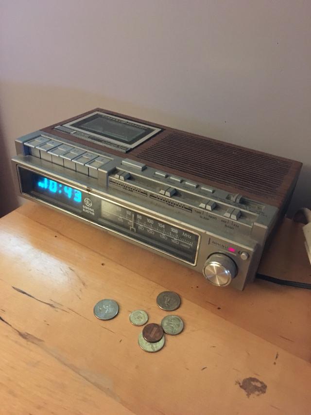 Old Radio.jpg
