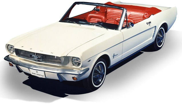 au052-ford-mustang-convertible-636.jpg
