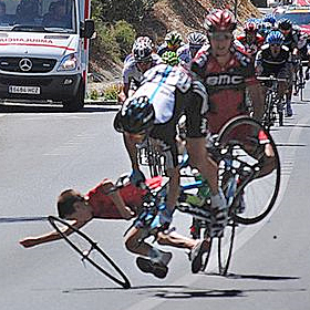 Vuelta_Crash